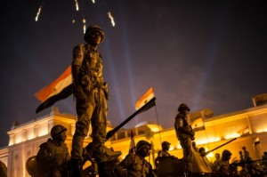 Militares en la plaza Tahrir, El Cairo: Image by © Luke Cody/Demotix/Corbis